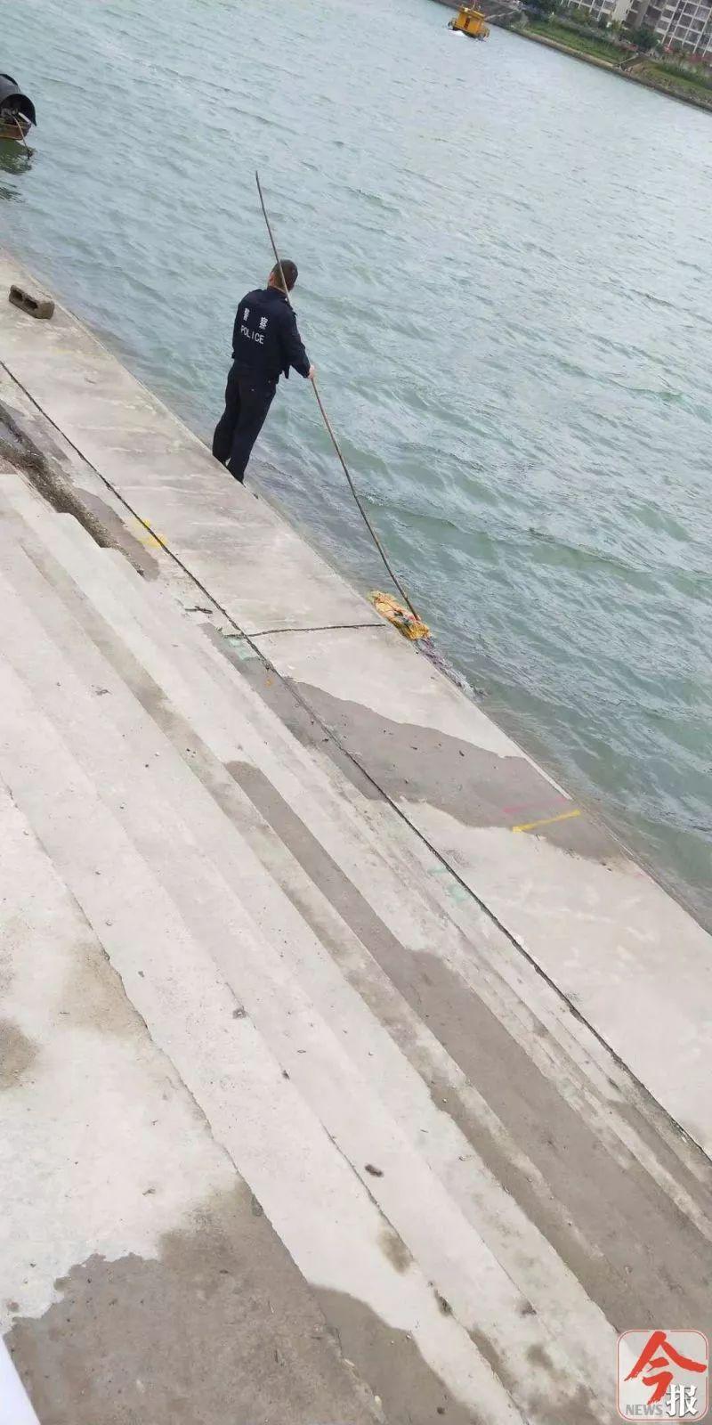 融江河面发现浮尸,尸体疑似被包裹捆扎