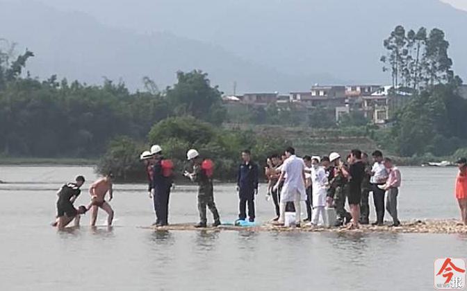 融安一小伙为救溺水小孩不幸身亡 救人的还有多名少年